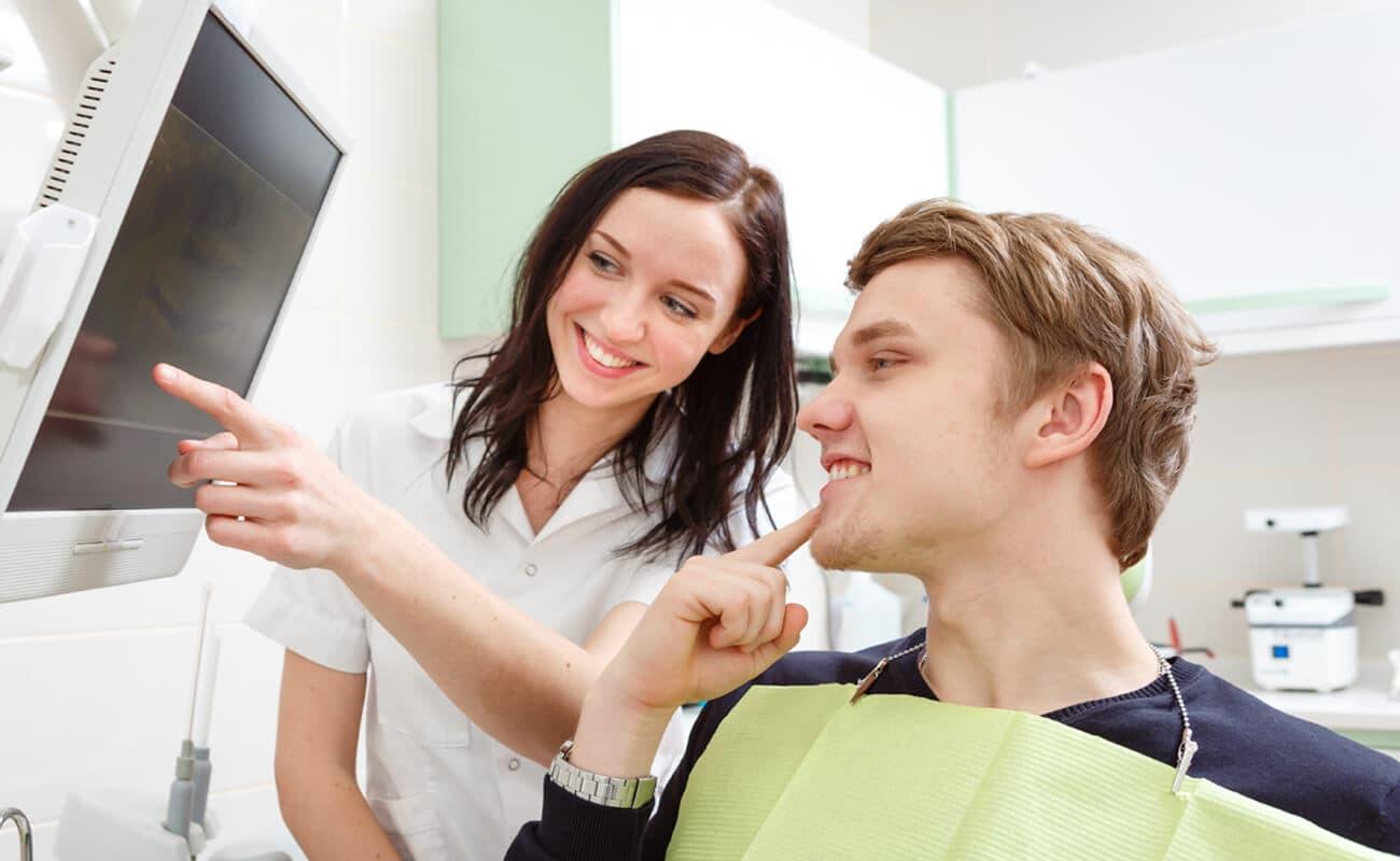 Odontóloga y paciente